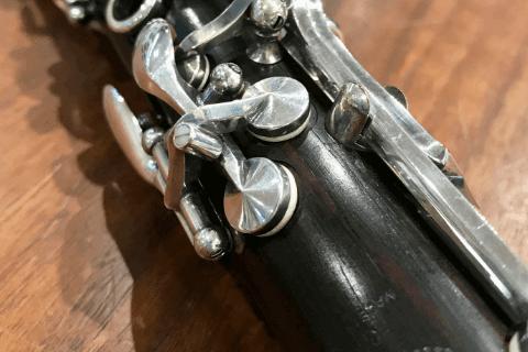 木管楽器(フルート、ピッコロ、クラリネット、オーボエ、サックスなど)